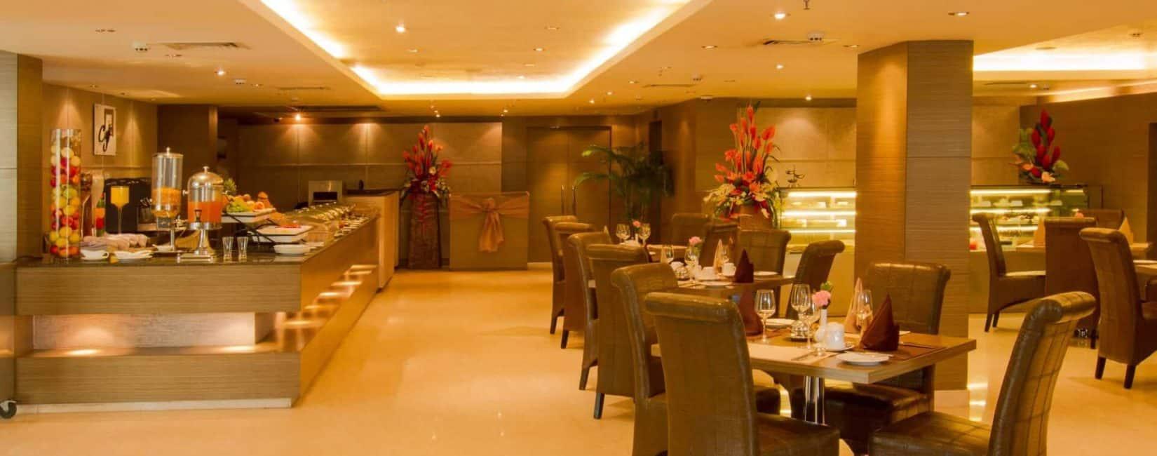 رستوران بوفه باز و کافی شاپ خانوادگی
